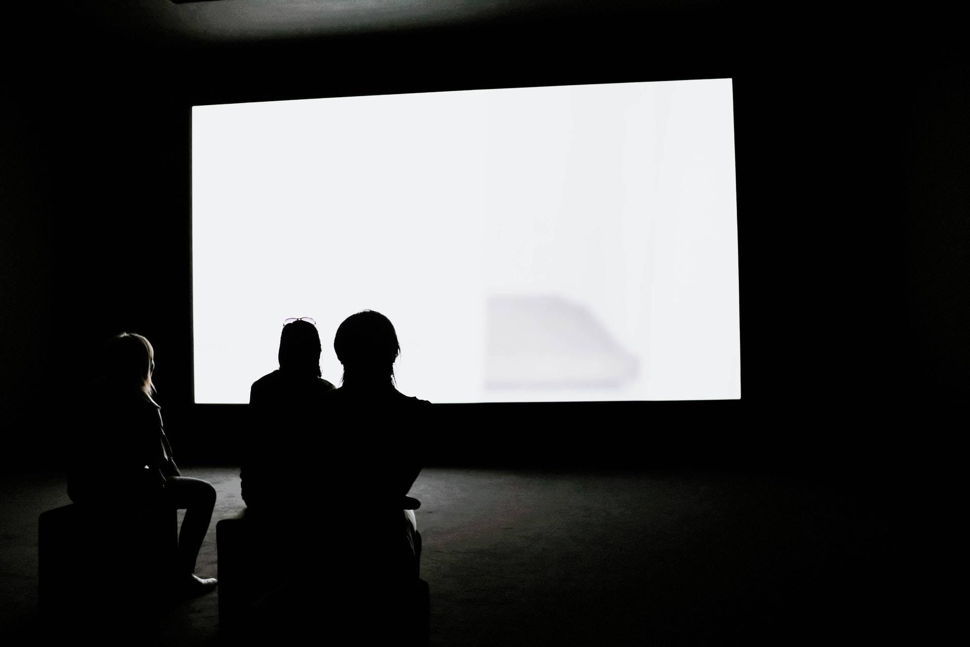 Video-Wall, @adrienolichon, unsplash.com